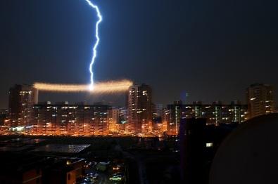 thunder-perfect-timing-photo